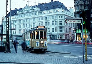 Kongens Nytorv - Tram in front of Hotel d'Angleterre, 1969.