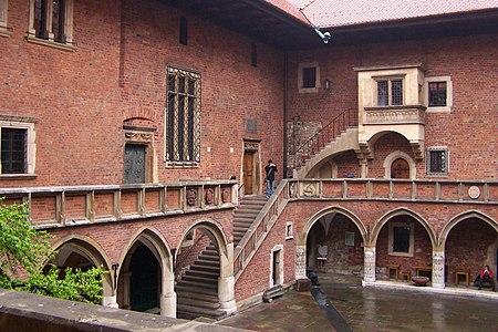 Kraków - Collegium Maius - Dziedziniec 02