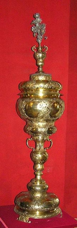 Silversmith - Silver goblet presented to the Tsar of Russia by John III Sobieski King of Poland, 17th century, over 1m height.