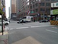 Kreuzung vor dem Hotel (326295998).jpg