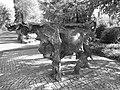 Kuh Skulptur , Nostalgie, 1975. Von Giuliano Pedretti (1924–2012).jpg