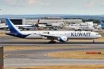 Kuwait Airways, 9K-AOH, Boeing 777-369 ER (43687231954).jpg