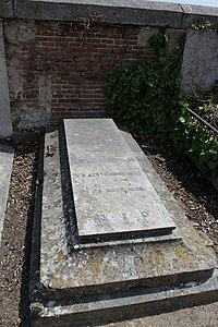 Lápida de Emilio Castelar.JPG