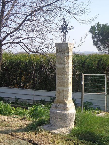 Lézignan-la-Cèbe (Hérault) - croix.