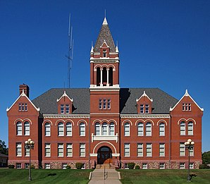Das Lac qui Parle County Courthouse in Madison, gelistet im NRHP Nr. 85001759[1]