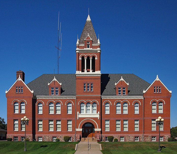 File:Lac qui Parle County Courthouse.jpg