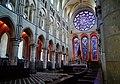 Laon Cathédrale Notre-Dame Innen Chor 2.jpg