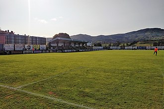 CD Lealtad - Les Caleyes main tribune.