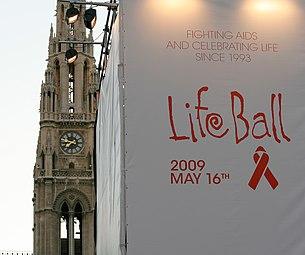Life Ball 2009 (arrivals) 00.jpg