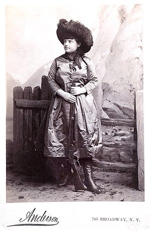 Lillian Smith (trick shooter) - Image: Lillian Smith 1886