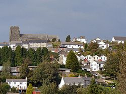 Llantrisant gateway to the Rhondda Valley.jpg
