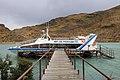 Loď přes Lago Pehoé - panoramio.jpg