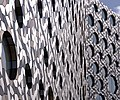 London MMB «T1 Ravensbourne College.jpg