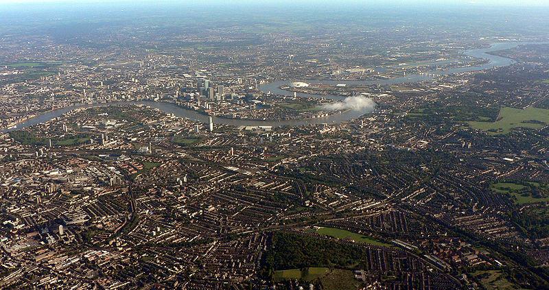 Fitxategi:London from above MLD 051002 003.jpg