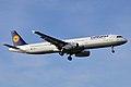 Lufthansa, D-AISH, Airbus A321-231 (16270702709).jpg