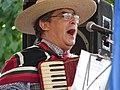 Músico chileno tocando cueca.jpg