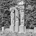 MIJNWERKERSMONUMENT (CHARLES VOS, 1946), OVERZICHT - Brunssum - 20372829 - RCE.jpg