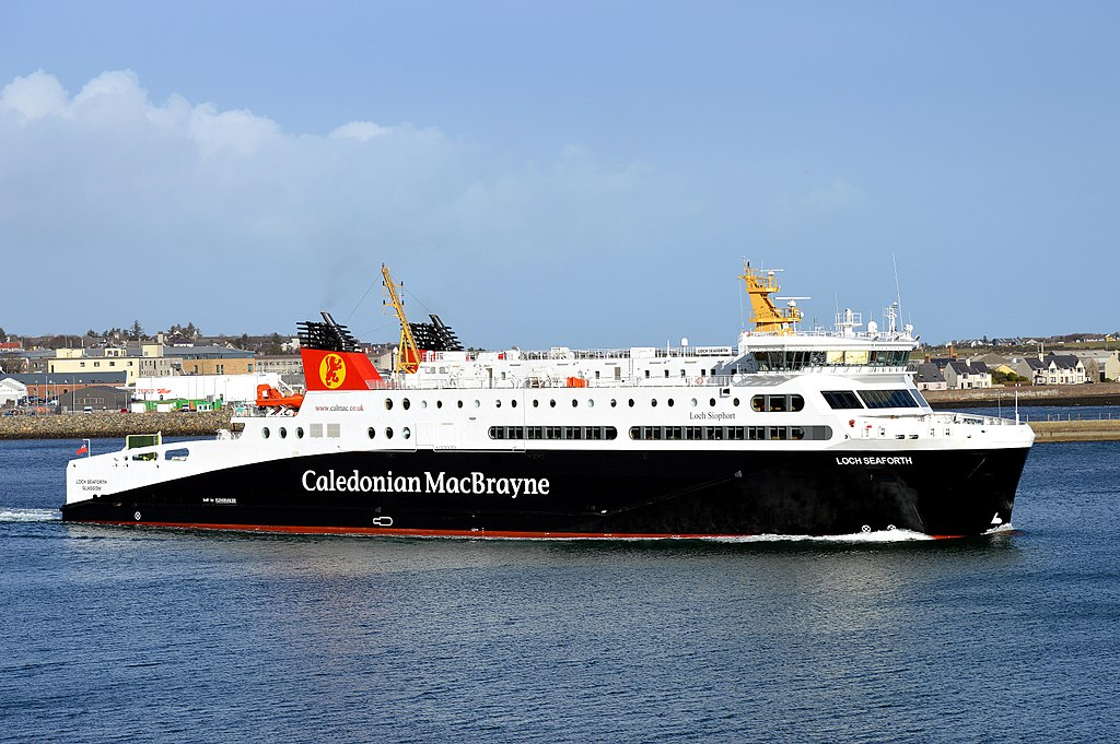 MV Loch Seaforth Departing Stornoway For Ullapool, 24 February 2015.jpg