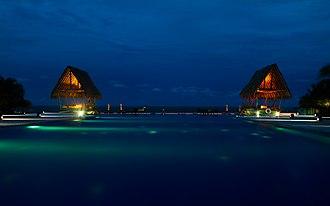 Pasikudah - Image: Maalu Maalu Beach Resort, Pasikuda, Sri Lanka