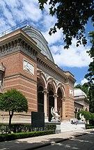 Madrid Palacio Velasquez R01.jpg