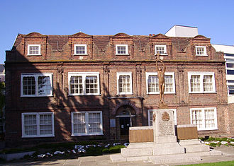 Victualling Commissioners - Maison Dieu House, built for the Agent Victualler of Dover in 1665.