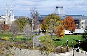 Major's Hill Park - Major's Hill Park with the Notre-Dame Cathedral Basilica and American Embassy in the background