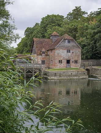 Mapledurham Watermill - Image: Mapledurham Watermill