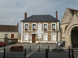 Hénonville town hall