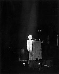 Marilyn Monroe Happy Birthday Mr President 1962.jpg