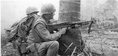 Marine M-60 machine gun team fighting in the Citadel