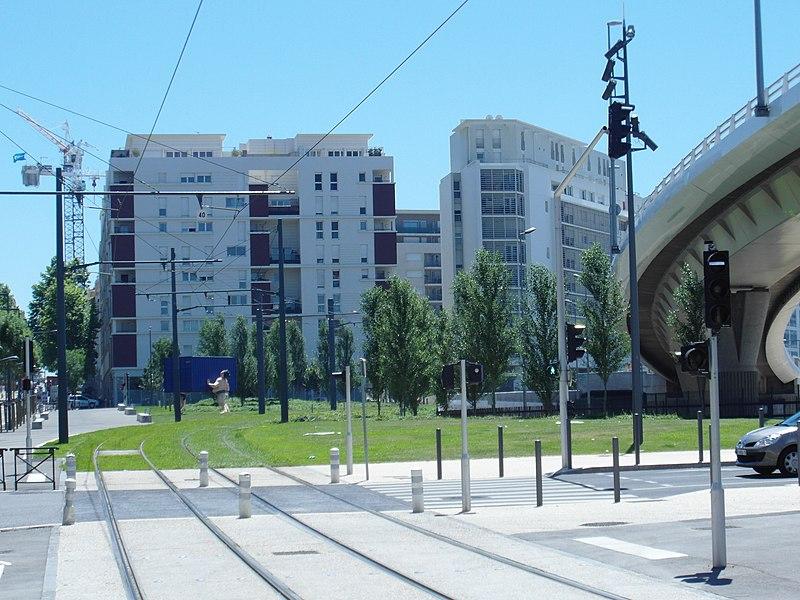 File:Marseille - Tramway - Euroméditerranée (7670785286).jpg