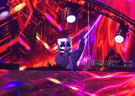 Marshmello performing at Airbeat One 2018 Marshmello @ Airbeat One 2018 (cropped).jpg