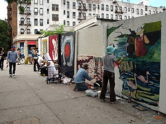 Prospect Lefferts Gardens - Artists paint murals along Lincoln Road