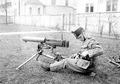 Maschinengewehr montiert auf der Dreifusslafette - CH-BAR - 3241135.tif
