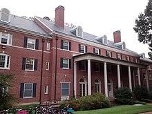 University Of North Carolina At Chapel Hill Student Housing Wikipedia