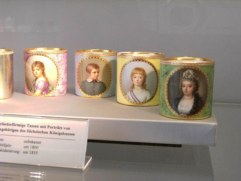 Meissen-Porcelain-Cups.with.children.royal.family.JPG