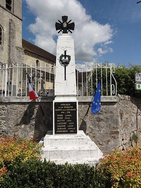 Merlieux-et-Fouquerolles (Aisne) monument aux morts