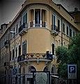Messina, Palazzo del Granchio o Banco Cerruti o Palazzo Coppedè, Via Garibaldi, Via Cardines (9).jpg