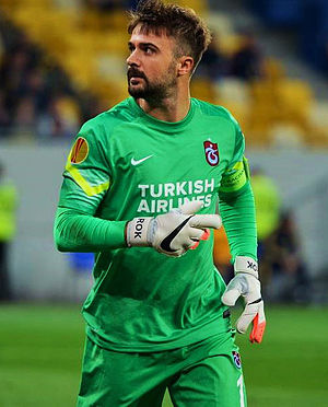 Onur Kıvrak - Kivrak captaining Trabzonspor in 2014