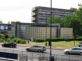 Michael Faraday Monument, Northern Roundabout, Elephant and Castle SE1 - geograph.org.uk - 1324489.jpg