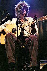 Mike Scott at The Hague 2002 3.jpg
