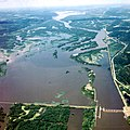 Mississippi River Lock and Dam number 5A.jpg