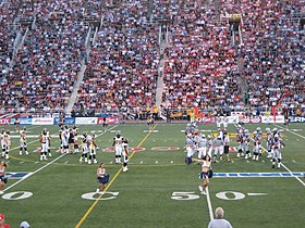 Montreal Alouettes vs. Hamilton Tiger-Cats, July 6 2006.jpg