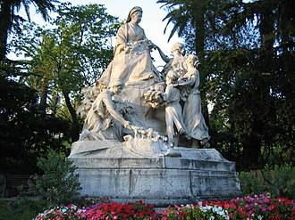Monument to Queen Victoria in Cimiez, in the hills above Nice, where she was a regular winter visitor. Monument reine Victoria.jpg