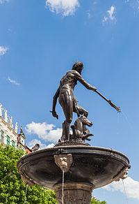 Monumento Neptuno, Gdansk, Polonia, 2013-05-20, DD 03.jpg