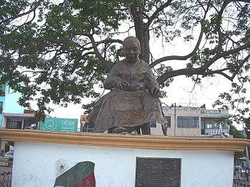 Monumento a Jos%C3%A9 Magdaleno Ocampo...
