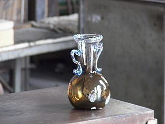 Murano glassblowing finished 2.jpg