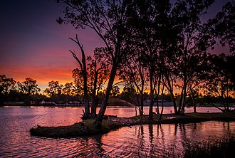 Geography of Victoria - The town of Mildura is situated on the Murray River