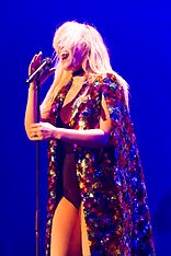 Natasha Bedingfield - 2016330220725 2016-11-25 Night of the Proms - Sven - 1D X - 0539 - DV3P2679 mod.jpg