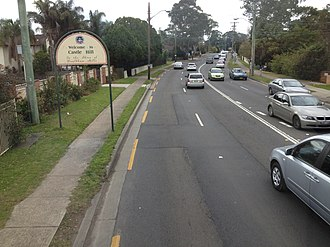 Baulkham Hills, New South Wales - Image: Northbound on the Old Northern Road at Baulkham Hills (1)